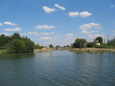 yonne riviere